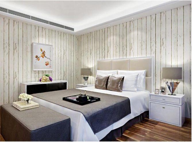 белые пластиковые панели на стене в спальне