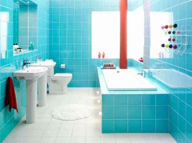 ванная комната в бирюзовых тонах