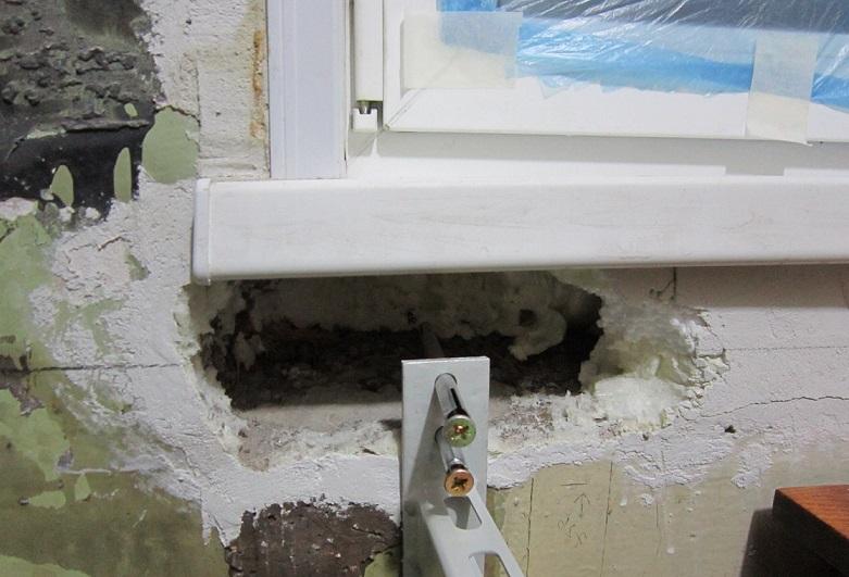 заделка дыр в стене