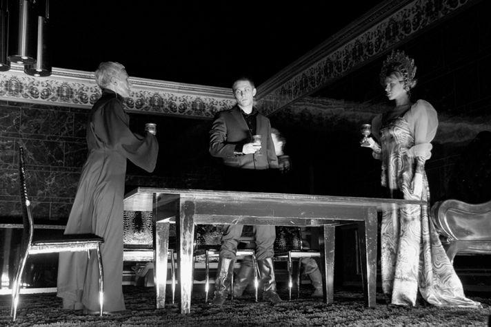 «Карамазовы», режиссер Константин Богомолов, МХТ, 2013. Фотография: Екатерина Цветкова.