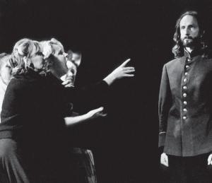 Сцена из «Зимней сказки» Шекспира, постановка Деклана Доннеллана, МДТ, Санкт-Петербург, 1997