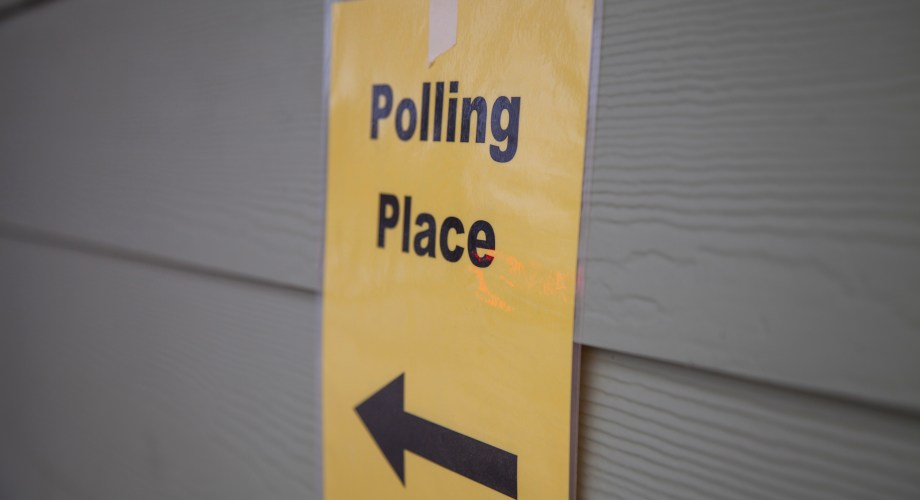 directional polling sign