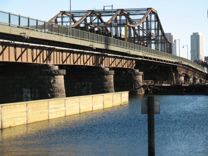 A charming bridge with a litigious ancestor