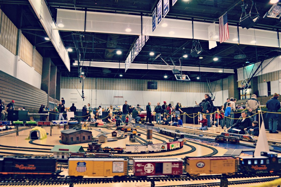 High Wheeler Train Show Palatine Large Track