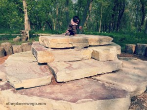 Wahoo Woods Dundee - Climbing Rocks