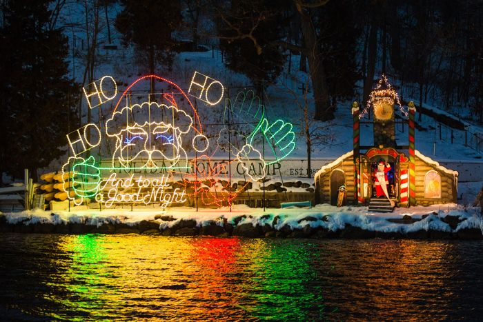 Holiday Fun: Santa Cruise in Lake Geneva
