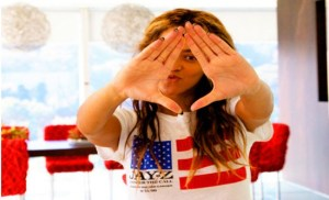 beyonce-roc-sign-for-jay-z