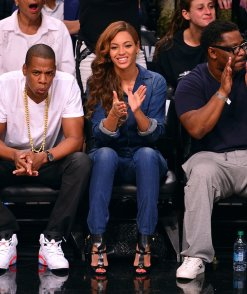 Beyonce-Jay-Z-Brooklyn-Nets-Game-May12