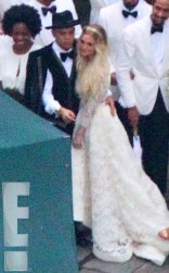 rs_634x1024-140901120254-634-Evan-Ross-Ashlee-Simpson-Wedding-Exclusive-JR2-90114