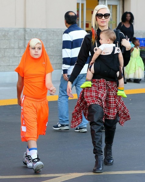 Gwen Stefani with her boys7