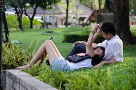 i love you couple in the park