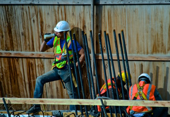 blue-collar-workers-white-working-class