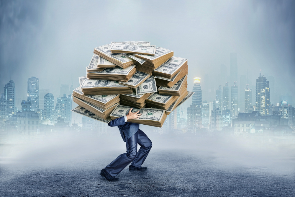 CEOs Got an $800k Raise Last Year. Did You?