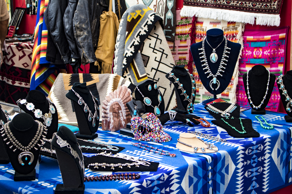 Support Native Businesses This Holiday Season