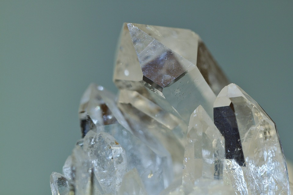 Cleanse crystals in solar or lunar light and it also charges them!