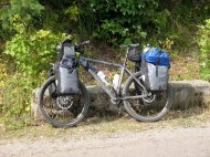Warum ist mein Rad so beladen? Weil ich Sachen für mein nachfolgendes Praktikum mittransportieren musste.