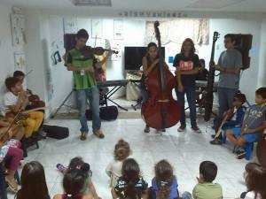 Investigadores españoles descubren que tocar música genera cambios en las redes neuronales