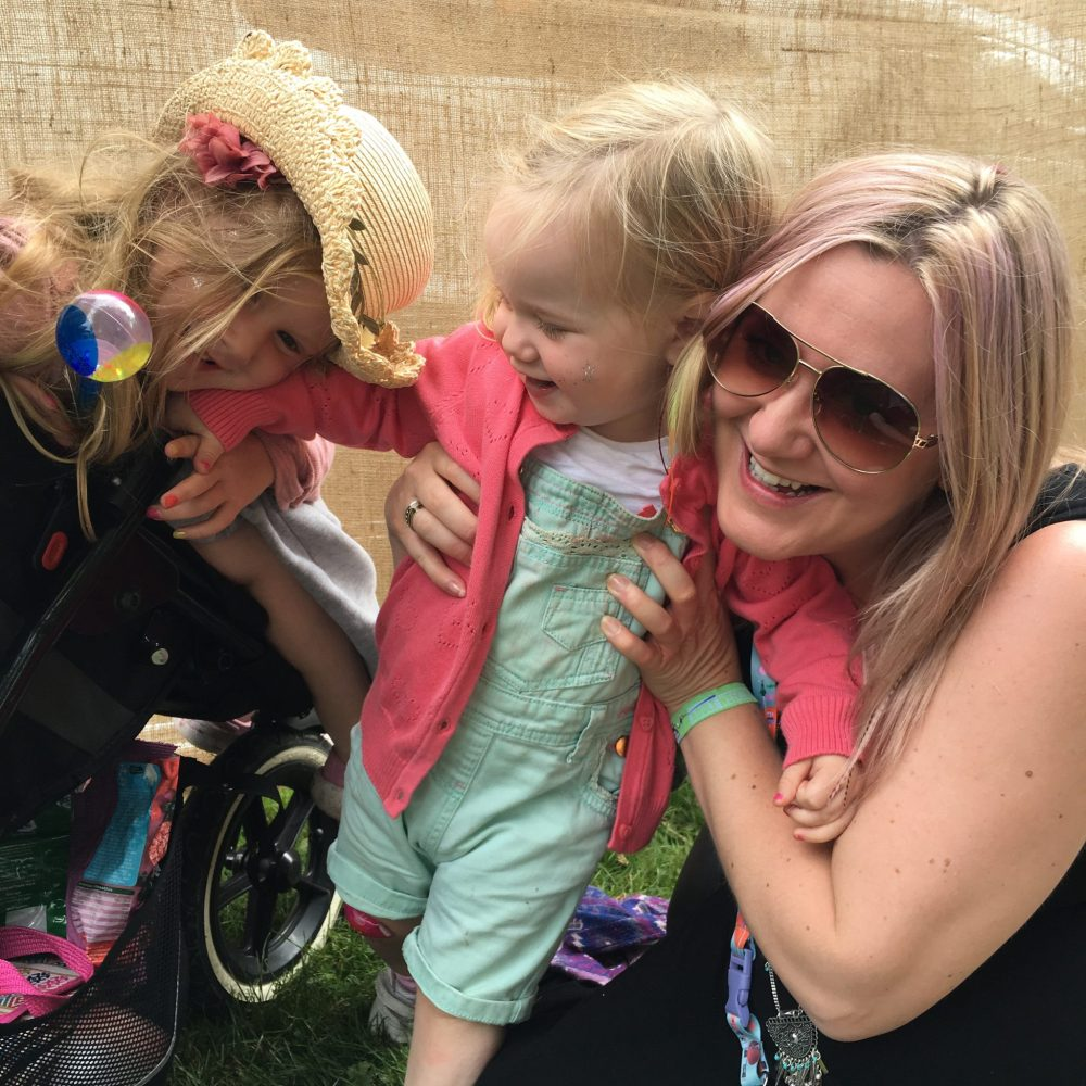 top tips to enjoy a festival with kids. what to pack, and festival hacks