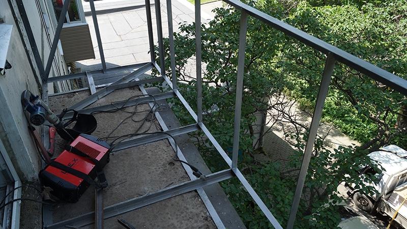 Раманы балконға қалпына келтіру