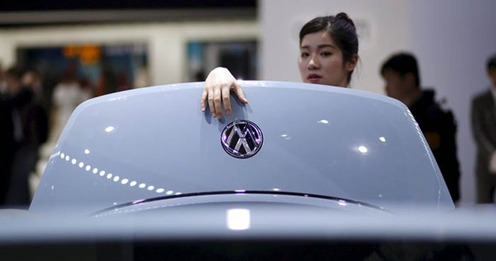 Volkswagen, dünyanın en büyük otomotiv şirketi oluyor.
