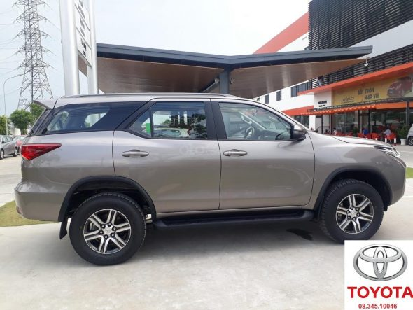 toyota fortuner 2.4g so san mau dong
