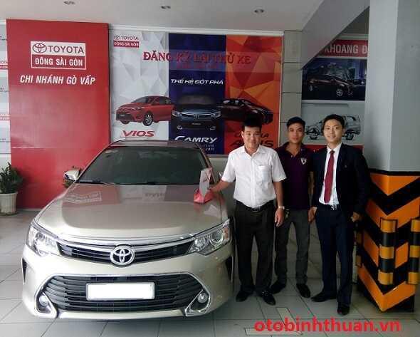 Gia xe Camry Toyota Dong Sai Gon otobinhthuan vn