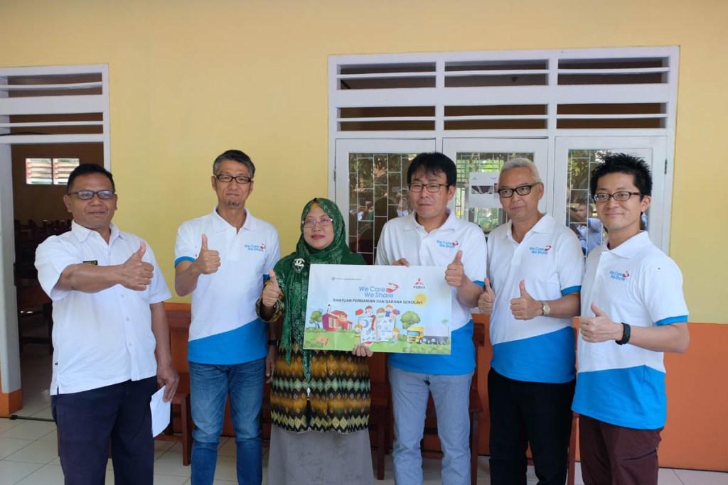 KTB Melakukan Perbaikan Sekolah di Anyer