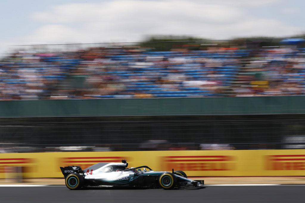 Hamilton Kerahkan Segalanya Raih Pole Position Silverstone