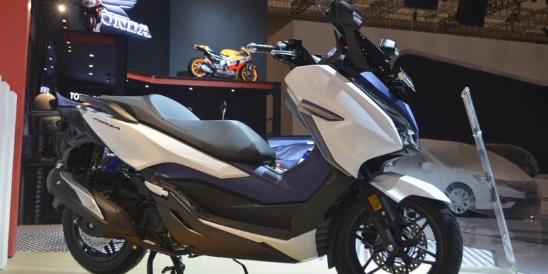 Dicap Kemahalan, Honda Forza 250 Kok Laris?