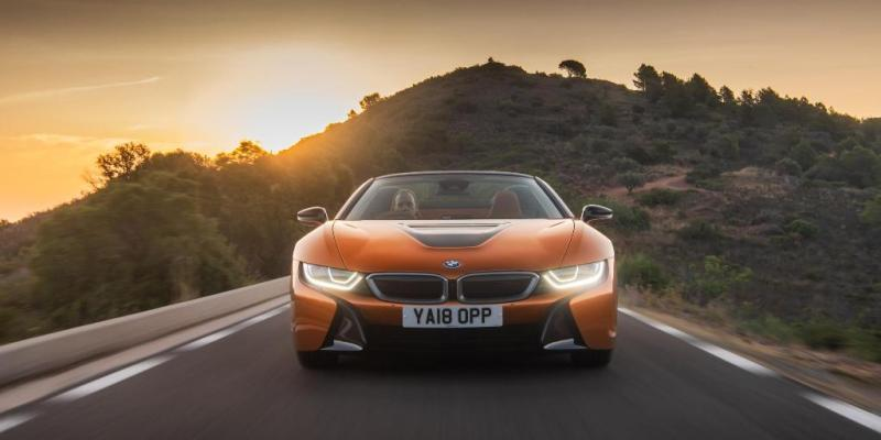 BMW i8 Pertahankan International Engine of the Year