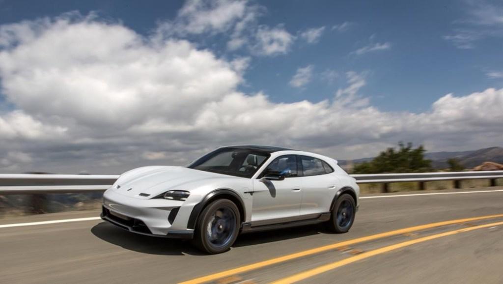 Porsche Kucurkan Rp 104,7 Triliun, Coret Mesin Diesel