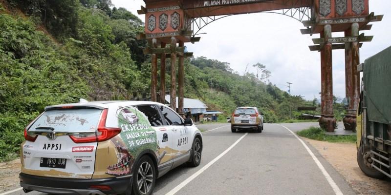 Honda CR-V Turbo Lanjutkan Petualangan di Kalimantan