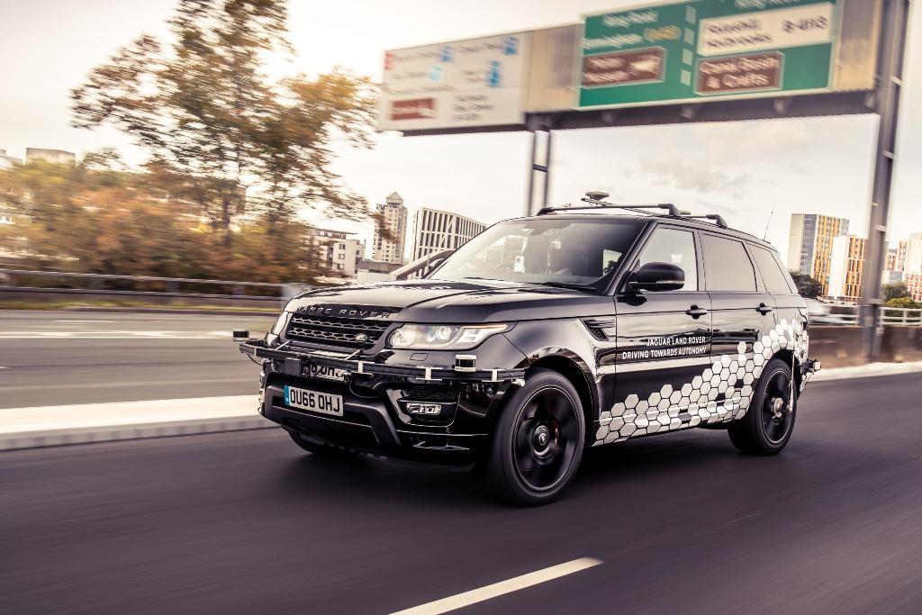 Range Rover Sport Otonom Kelilingi Coventry Ring Road