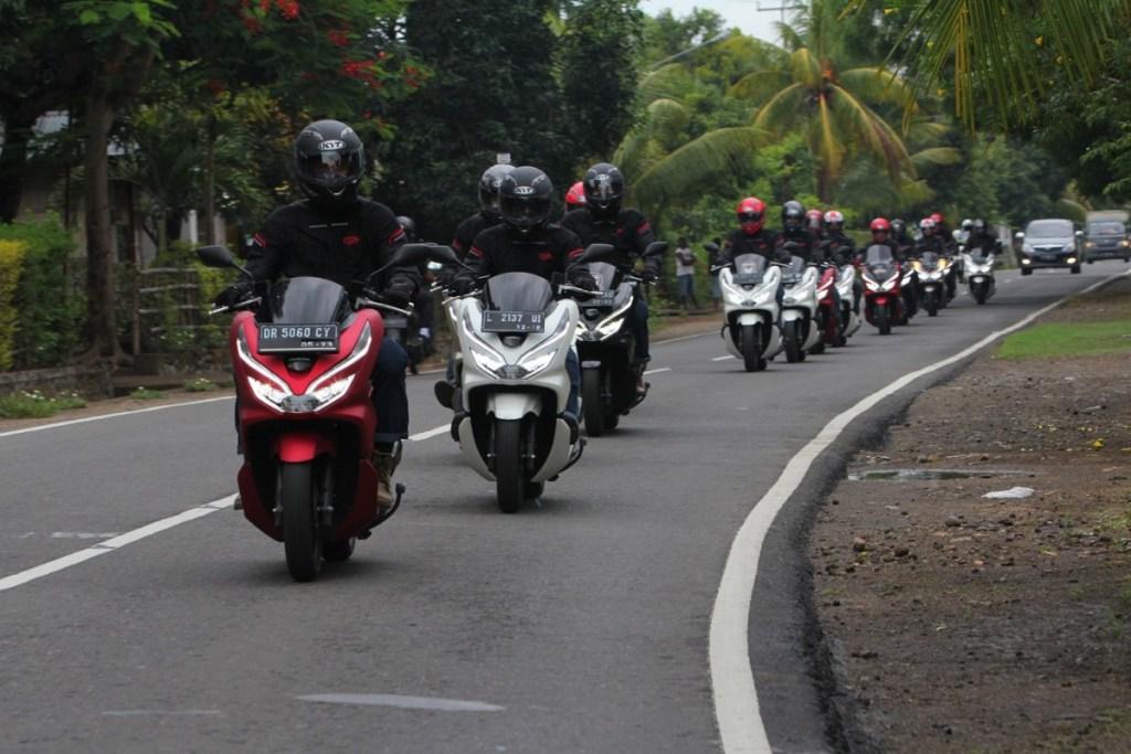 Petualangan Honda PCX dari Flores Hingga Bali