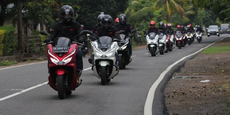 Honda PCX Touring Mewah di 4 Pulau