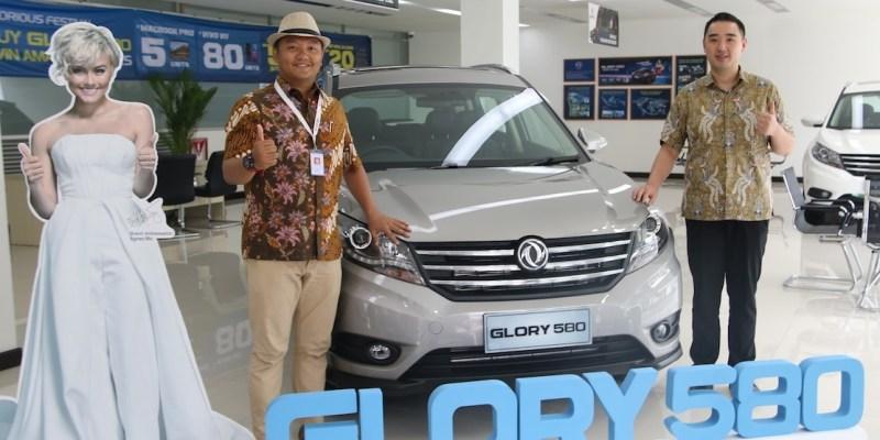 DFSK Glory 580 Memikat Pengunjung Semarang Auto Expo 2018