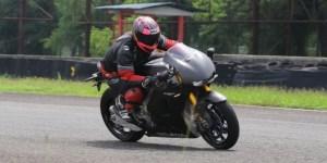 Honda RC213V-S 'Digilir' 10 Konsumen Honda di Sirkuit Sentul