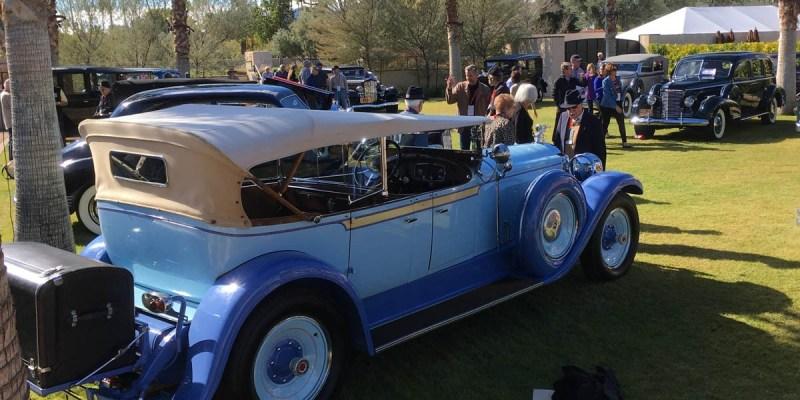 Mobil-Mobil Klasik di Grand Classic Concours