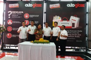 Autoglaze Touchless Ada di Pertamina Bright Wash