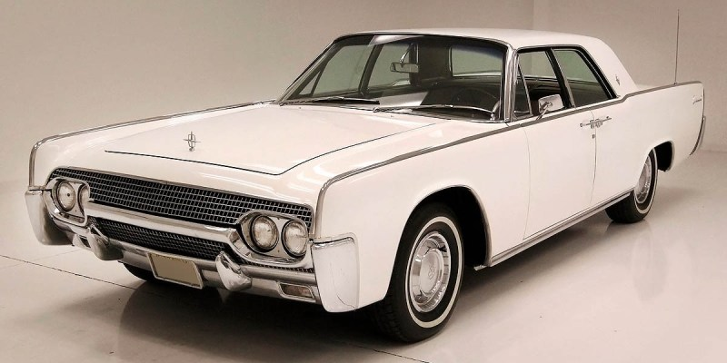 Lincoln Continental Mk IV