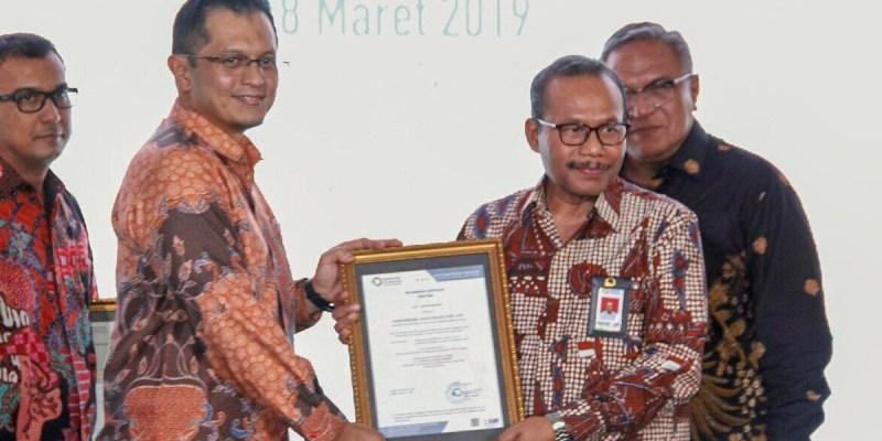 Produk Exxon Mobil Lubricants Indonesia Kembali Raih Sertifikat SNI