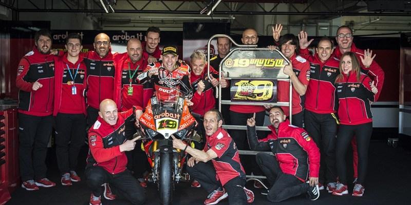 Alvaro Bautista Genapkan 350 Kali Kemenangan Ducati