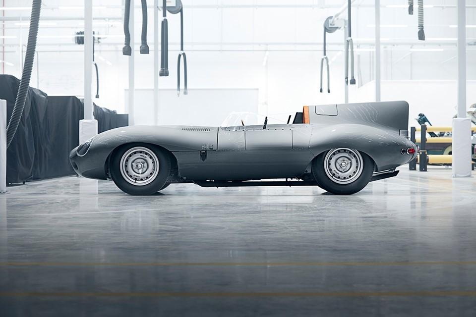 Bremont Chronograph Edisi Jaguar D-Type