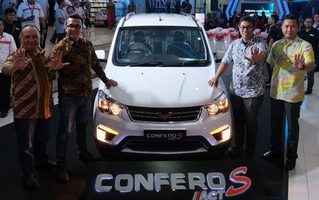 Ini Harga Wuling Cortez CT dan Confero S ACT di Bali