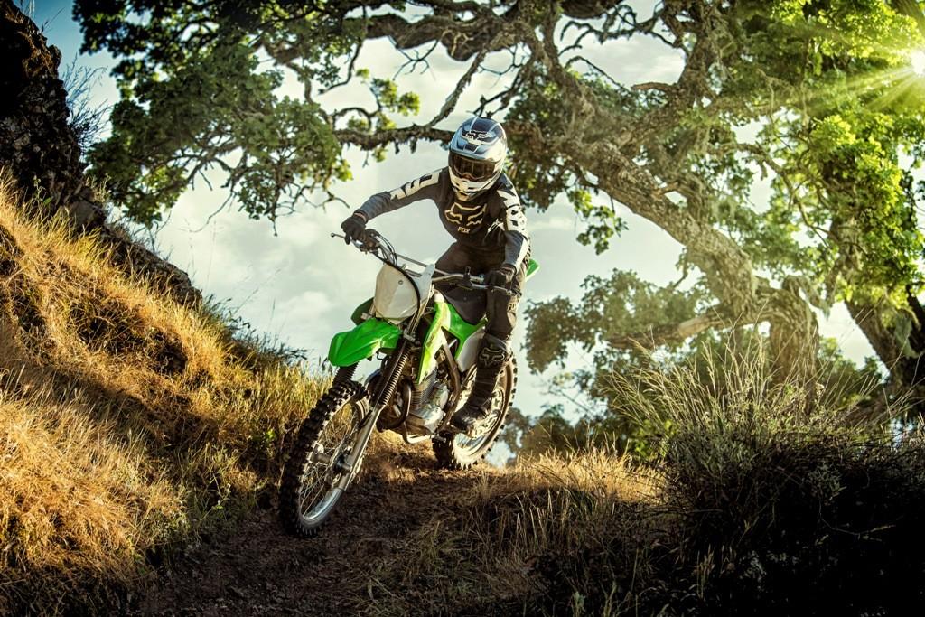 Kawasaki KLX230R Versi Dirtbike Meluncur, Ini Harganya!