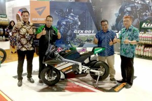 Axcero CTX 001, Ban Lokal Pertama Untuk Mini GP