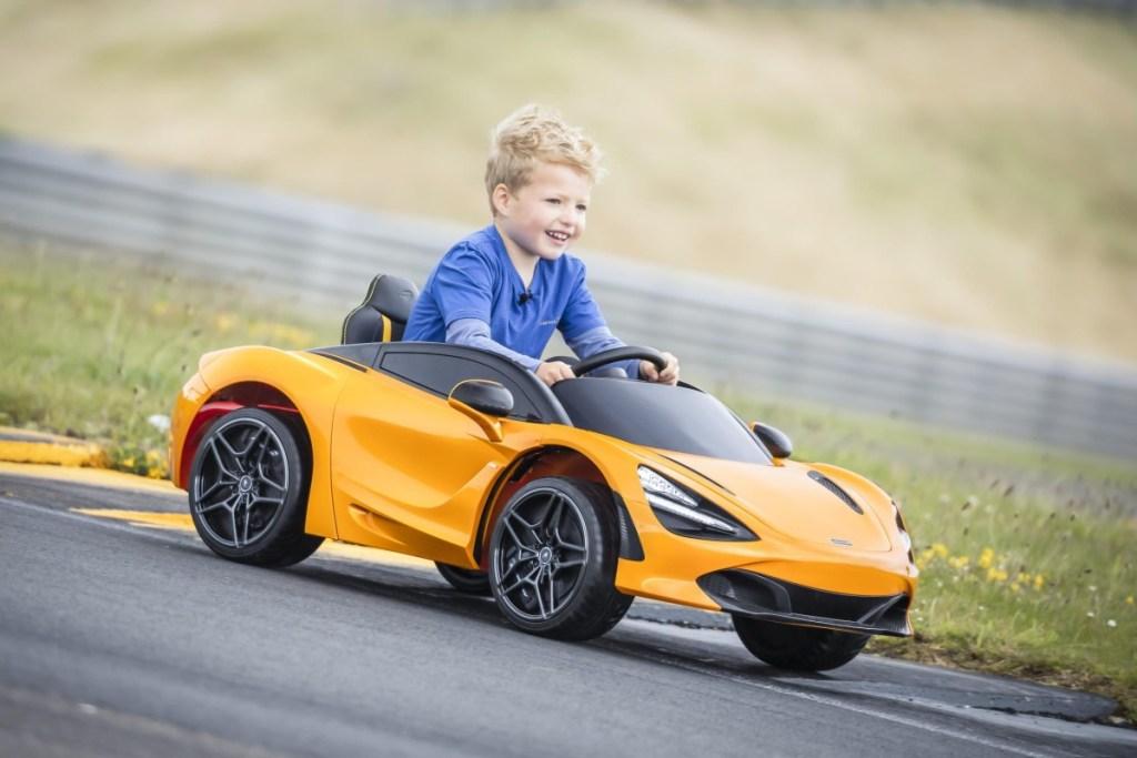 McLaren 720S Ride-On, Perkenalkan EV Sejak Usia Dini