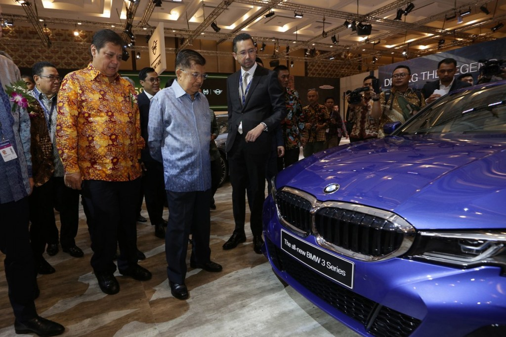 BMW Seri 3 M Sport Meluncur di GIIAS 2019, Nyaris Rp 1 Miliar!
