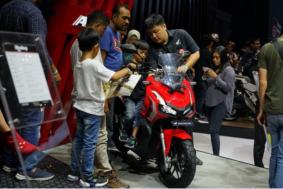 Honda ADV 250 Segera Meluncur, Comot Mesin Forza