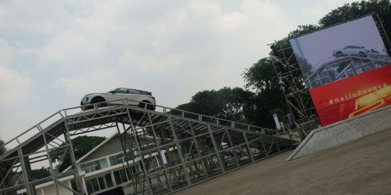 Above and Beyond Tour Land Rover Sapa Kembali Jakarta